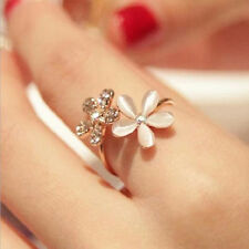 Women Sweet Rhinestone Jewelry Ring Gold Filled Daisy Crystal Rings Gift FT
