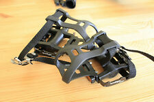 Brand New Wellgo M085 9/16 Bicycle Pedals with Toe Clips And Straps