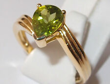 AA Peridot 1.50ct twist solitaire in yellow gold overlay Sterling Silver, Size R