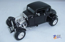 NEW Motormax Classic car 1932 Ford Hot Rod 1:18 With black