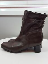 KUMFS sz 39 XW womens brown Leather ankle  boots / shoes