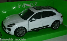 Porsche Macan Turbo 1:24 White by Welly