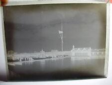 Lot74 c1890s VICTORIAN BEACH SCENE & SAILING BOAT Aberystwyth? Glass Negative