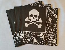 PIRATE PARTY NAPKINS 2 PLY PARTY SERVIETTES X 20 SKULL DESIGN BLACK