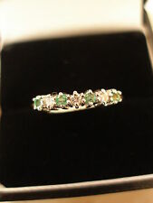 9 CARAT GOLD EMERALD & DIAMOND ETERNITY / WEDDING / DRESS RING MADE IN UK BNIB