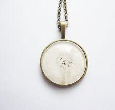 Halskette Kette mit Anhänger Pusteblume weiß