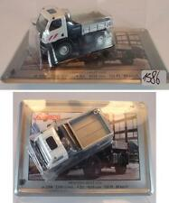 Schuco 1/87 Mercedes Benz Unimog U 20 weiß mit Blechschild OVP #1586
