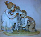 "Very Rare Lladro #5753 ""Hold Her Still"" in Glossy Finish with Original Box"
