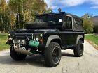 1986+Land+Rover+Defender+Black+Exmoor+Trim