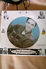 """ELVIS PRESLEY 6"""" REGENCY FINE ARTS PLATE BOXED. WALL MOUNTABLE ALSO HAS STAND"""