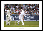 James Anderson Bowling 2013 England Ashes Cricket Photo Memorabilia (356)
