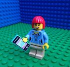 Lego City Town RED HEADED TRENDSETTER Hair Mobile Phone Minifigure Minifig