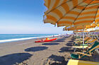 NO Virus & Riots! Seaside property in Italy for sale. B&B, guesthouse near beach
