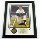 Mickey Mantle Framed Display Photo and Bronze Medallion Highland Mint DF024752