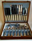 VINTAGE CANTEEN OF NORTHERN GOLDSMITHS CUTLERY IN OAK BOX