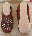 MOROCCAN LEATHER BROWN SLIPPERS * MULTI COLOUR SEQUINS 4 SIZES