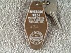 Riverside West Motor Hotel Portland Oregon Hotel key and fob Room 433