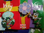 disney pin,2 LE Mickey Very Merry Christmas Party,R/L mickey Elf & Daisy Duck