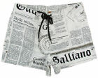 "JOHN GALLIANO ""Newspaper 1O"" Herren Board Shorts Bermudas Badehose (Weiß) NEU"