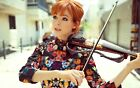 A Lindsey Stirling Playing The Violin 8x10 Picture Celebrity Print