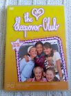 THE SLEEPOVER CLUB –DETECTIVES, DESIGNERS AND DISASTER- REGION -4, LIKE NEW