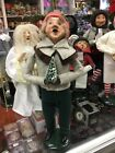 Byers Choice Caroler from The Carolers Collection 1988 Christmas Figurine Signed