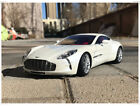 1:18 Scale Aston Matin ONE-77 Diecast Model Car collection and Decoration White
