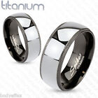ATTRACTIVE MENS SOLID TITANIUM SILVER GROOVED BLACK EDGE WEDDING BAND RING