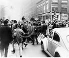 1967 PRO VIETNAM WAR DEMONSTRATORS NEW YORK PHOTO