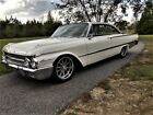 1961+Ford+Galaxie+Starliner