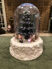 Absolutely Beautiful Electric Christmas Air Blown Christmas Musical Snow Globe!!