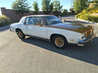 Oldsmobile+%3A+Cutlass+Oldsmobile+Hurst+W%2D30+%2F+Gold+and+White+Edition
