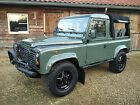 Land+Rover%3A+Defender+90+LHD