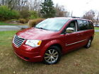 2009+Chrysler+Town+%26+Country+Touring+Limited+25th+ANNIVERSARY+7%2DPASSENGER+VAN