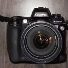 Fujifilm FinePix S Series S3 Pro Digital SLR camera / Nikon AFS 18-200mm ED Lens