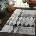 Galleria fotografica Modern Rug Soft Pile Diamonds Small Large Carpet Patterned Living Room Mats Grey