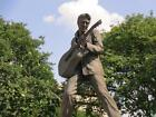 ELVIS PRESLEY STATUE GLOSSY POSTER PICTURE PHOTO monument king rock roll 1942