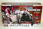 ** Metroplex ** Transformers Generations Titan class 2013 - Sealed Box - Time Remaining: 1 day 21 hours 5 minutes 36 seconds