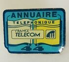 Annuaire 44 France Telecom Pin Badge Vintage (C8)