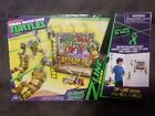 Teenage Mutant Ninja Turtles - Billboard Breakout Playset - 2012 Nickeloeon TMNT