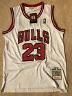 NWT Throwback Michael Jordan Chicago Bulls 23 White Mens Jersey