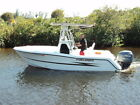 HYDRA SPORTS 20 FT CENTER CONSOLE WITH YAMAHA 225 4 STROKE AND ALUMINUM TRAILER