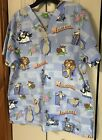 Womens Scrub Top Sz L Madegascar Theme Short Sleeve V-neck