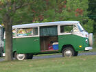 Volkswagen+%3A+Bus%2FVanagon+Type+2+bus