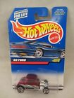 Hot Wheels 1999-1070 , '32 Ford  Red / Silve  NOC  1:64 scale  (1017)  24084