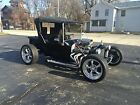 Ford+%3A+Model+T+T%2DBucket+Roadster