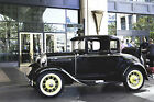 Ford+%3A+Model+A+deluxe+1931+Ford+Model+A+Deluxe+Coupe+with+rumble+seat%2E++Black+on+black%2C+all+original