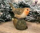 Robin on Acorn Christmas Bird Figurine | Cake Topper 7XM748