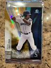 2016 Bowman Chrome Draft Kyle Lewis Gold Top of Class Box Topper /50