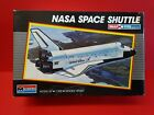 MONOGRAM SNAP-TITE #5905 1/200 SPACE SHUTTLE .